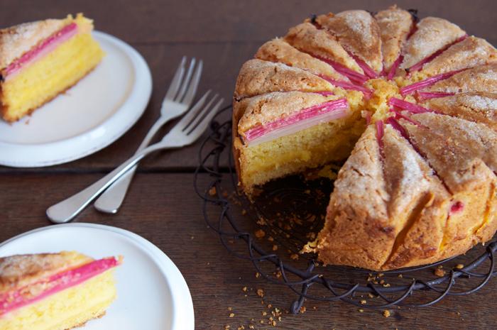rhubarb-custard-tea-cake-1